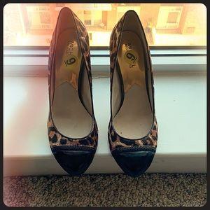 Hardly worn leopard print Michael Koran's heels